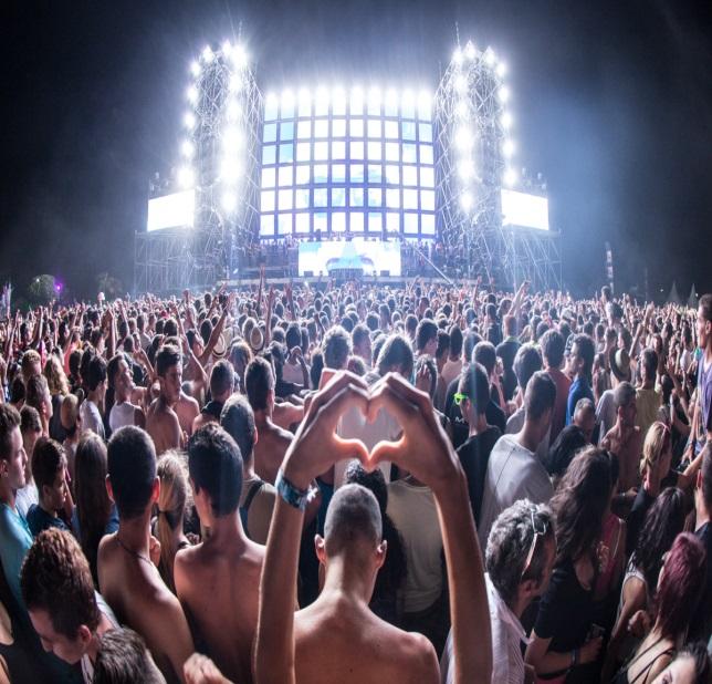 PRISE DE DROGUE EN FESTIVAL / RAVE